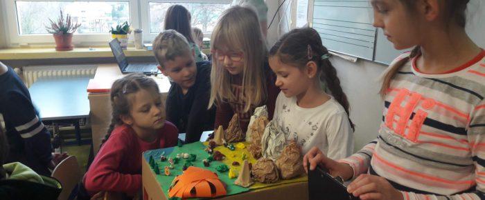 Plemiona Indiańskie w Ameryce Północnej – dzieci uczą dzieci